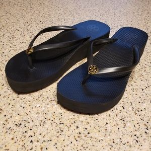 Tory Burch SZ 7/8 Wedge Sandals Black